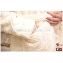 Honeycomb jacquard Fleece Women Bathrobe With Pockets
