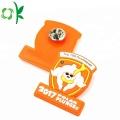 Etiqueta suave anaranjada modificada para requisitos particulares de la insignia de la tendencia de la moda