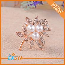 2015 Hot Sale Pearl Rhinestone Flower Brooch For Unisex