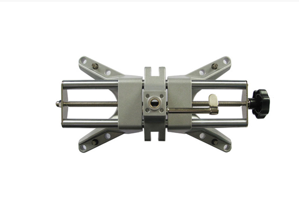 Automotive Wheel Alignment Clamp