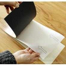 Planche de vinyle autoadhésive et autoadhésive