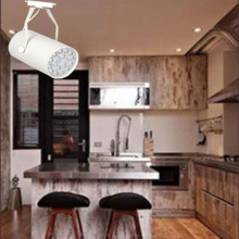 Hot Selling 15W/18W Track Light for Store/Shop Lighting