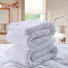 Hotel linens / White plain woven NYC hotel used turkish cotton bath towels