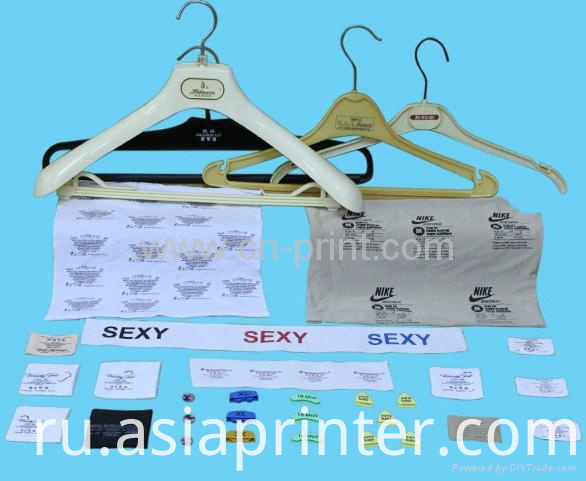 T-shirt logo pad printer