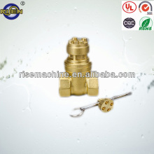 Total brass gate valve with lock