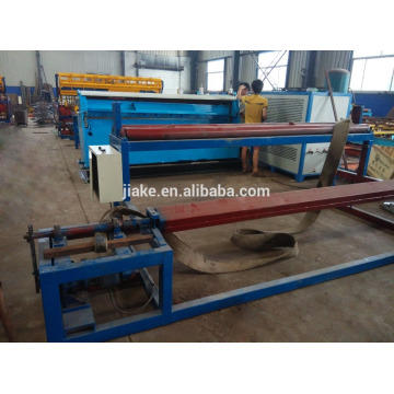 Robot seel fence mesh welding machine