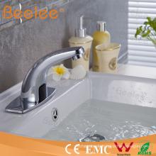 Kalt Nur automatische Wasserhahn Sensor Wasserhahn (AC / DC) Qh0115