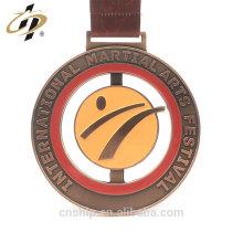 Médaille de taewondo en émail métallique sur mesure pour le festival d'arts martiaux