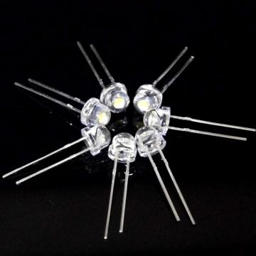 Pure White 5mm Straw Hat LED 7-8lm