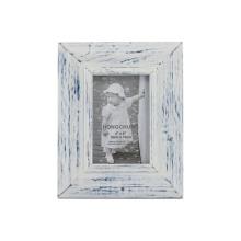Вымойте белый деревянный фоторамка для домашнего украшения
