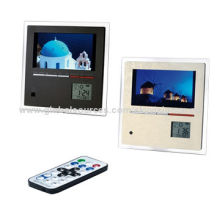 Digital photo frame with color-full panel, motion sensorNew