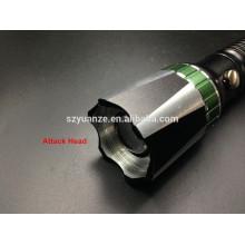 Lampe torche à LED, lampe de poche magnétique, lampe de poche rechargeable avec éclairage latéral