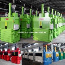 Machine en plastique de presse de bouteille d'animal familier de presse de rebut