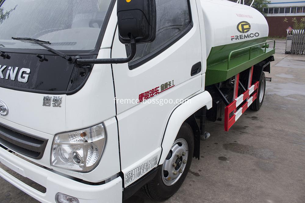 head of water tank truck