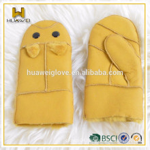Kids cute double face shearing leather hand gloves mittens