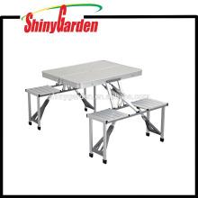 Alu. Mesa y silla plegables portátiles de aluminio que acampan vector y silla