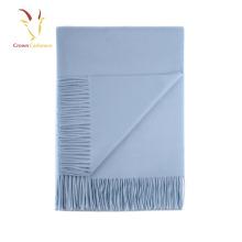 Écharpe en cachemire bleu italien avec franges