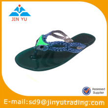 Diseño agradable pvc zapatos
