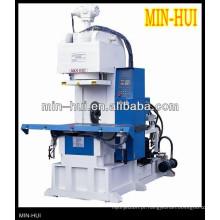 Máquina de moldagem por injeção de c-tipo
