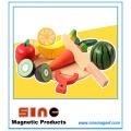 Jouet de découpage magnétique de fruits et légumes en bois / jouet éducatif