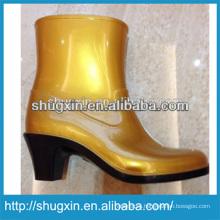 Женская мода обувь на высоком каблуке дождь