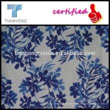 flores y hojas en impresión popelín de algodón lino tejen a tela de peso ligero para el vestido