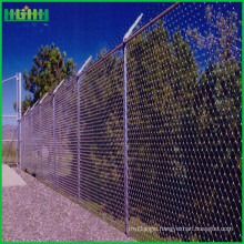 Low cost iso standard high quality 9 gauge chain link wire mesh fence