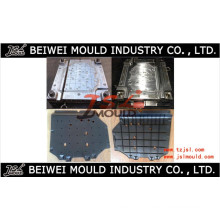 Injection plastique Car Engine Cover Mold Supplier