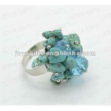 Обручальные кольца с бирюзовым кристаллом