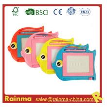 Placa de desenho de peixe para brinquedos educativos