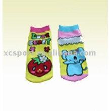 Calcetines de los niños del algodón de la historieta de los niños