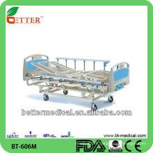 Lit d'hôpital manuel à 3 positions / 4 sections avec prix au panneau ABS