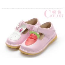 Розовая девочка Детская обувь Кролик Морковь T Strap Shoe