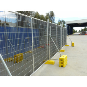 Temporary fence panel
