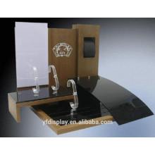 Vente chaude en bois et acrylique support d'affichage de montre pour le centre commercial