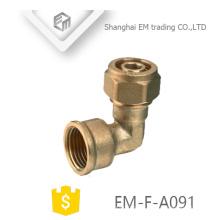 EM-F-A091 90 graus cotovelo latão fewmale e conector de compressão encaixe de tubulação