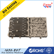 Fertigen Sie Aluminium Druckguss-Teile für Kommunikations-Hohlraum / Gerät besonders an