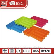 Titular de conjunto soporte/platos y cubiertos cubiertos de plástico de cocina