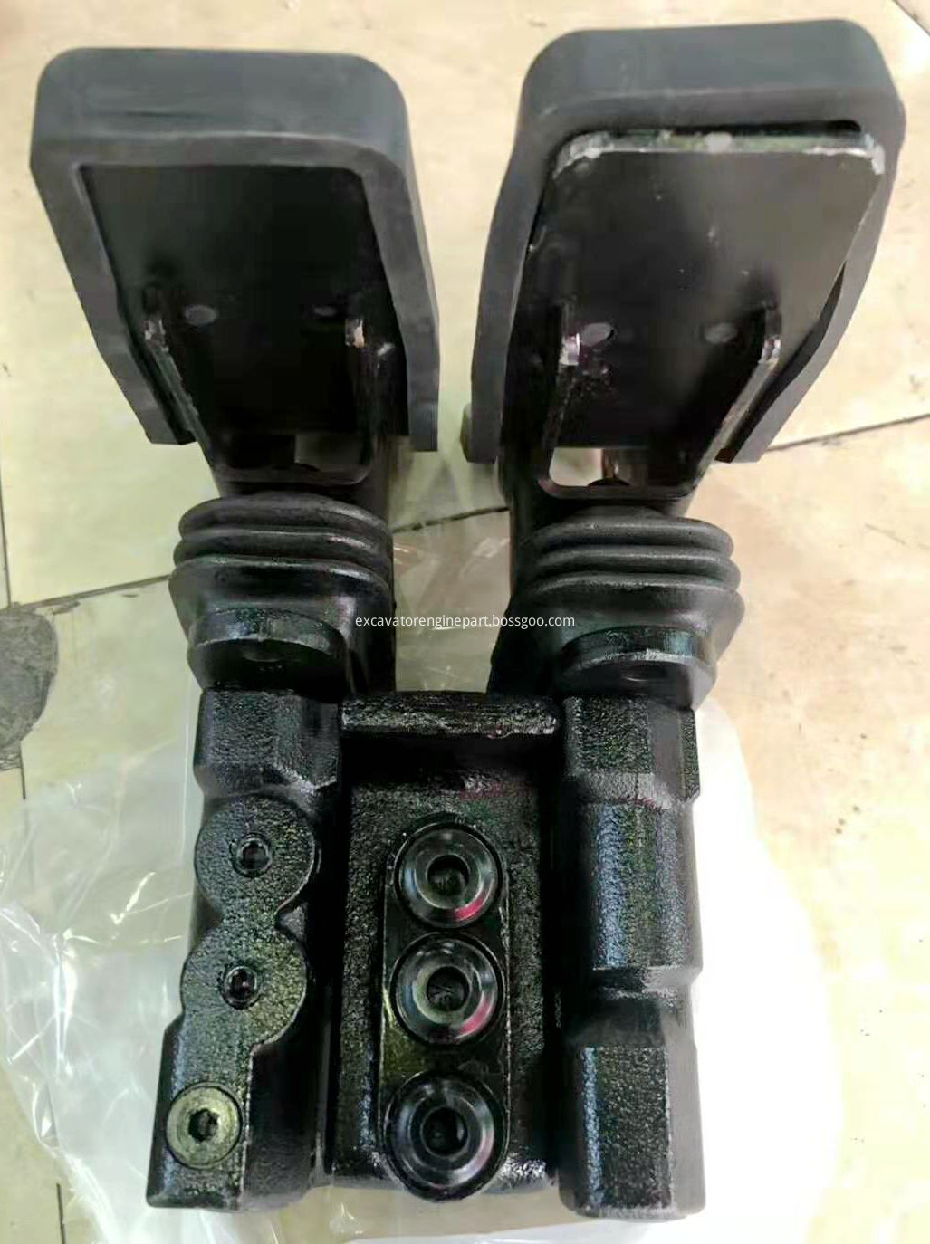 Kawasaki priority valve