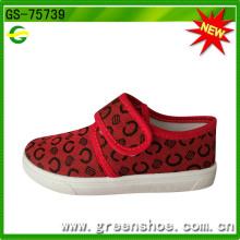 Zapatos de lona de los cabritos Fabricante superventas del zapato del PVC de la moda