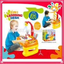 4 in 1 Lernplattform Pädagogisches Spielzeug, Projektion Lernschreibtisch