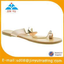 2015 senhora sandálias de corrente dourada