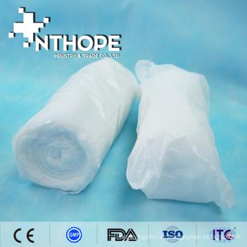 Entfettete absorbierende Wattebinde-Rolle medizinisch behandelt