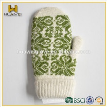 Lovely style!Baby winter dresses acrylic knitted mittens