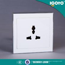 Toma de corriente eléctrica universal Igoto B9061d