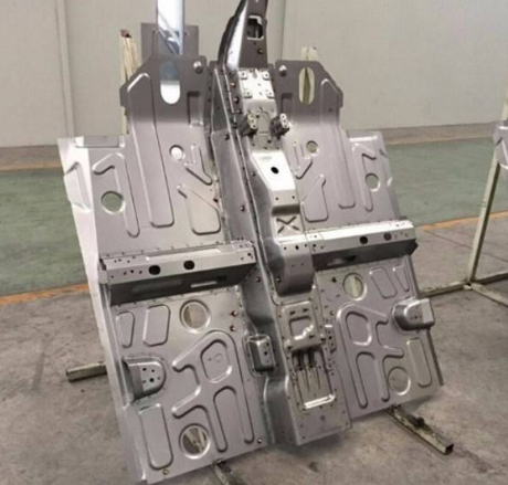 Automobile Plate Pressing