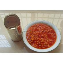 Conservas de frijoles al horno enlatados en salsa de tomate