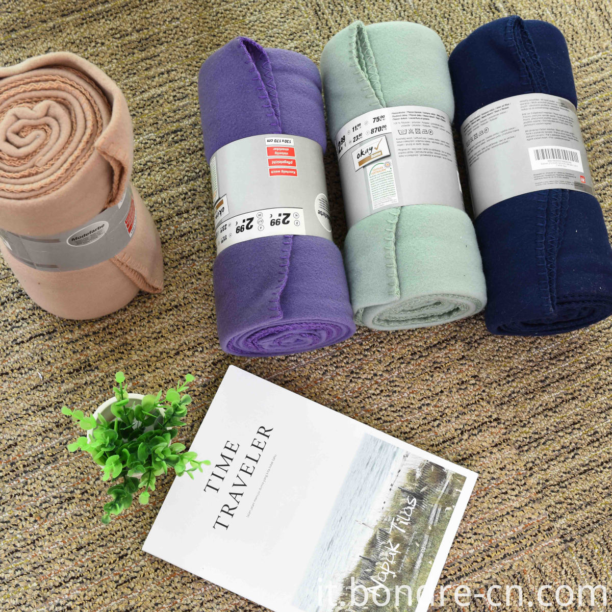 Anti pilling fleece blankes and throws (4)