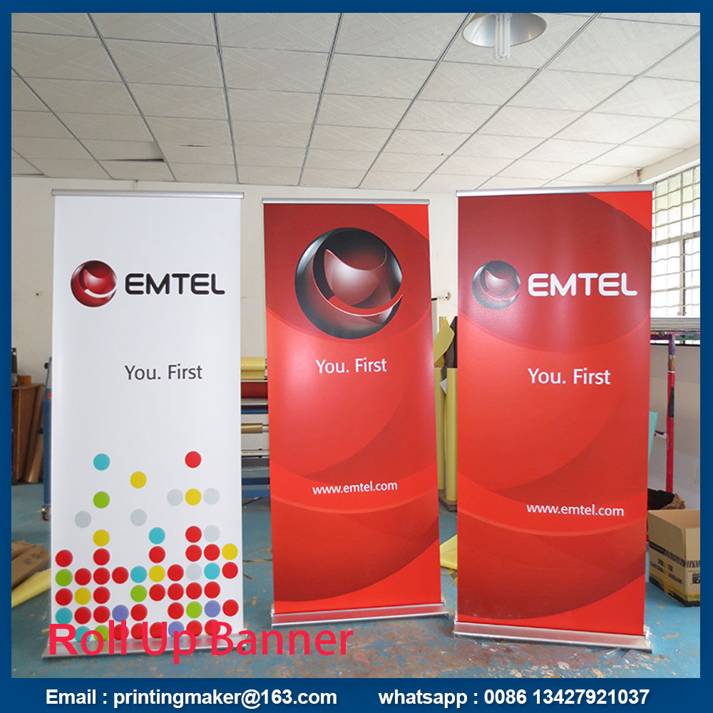 wide base roll up stand banner
