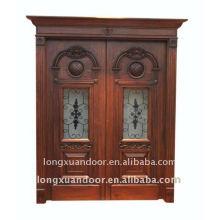 Porta de madeira sólida esculpida e porta aberta aberta dupla